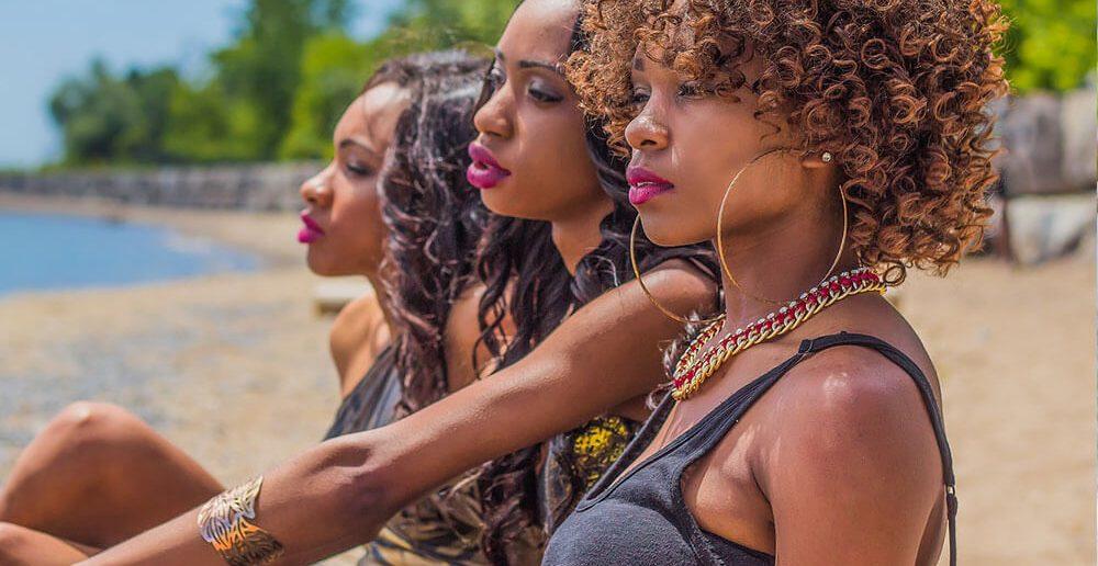 Afrikanische Frauen Vermittlung