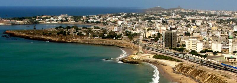 Frauen in Dakar treffen